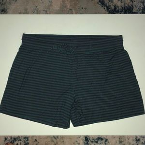 GAP pure body shorts